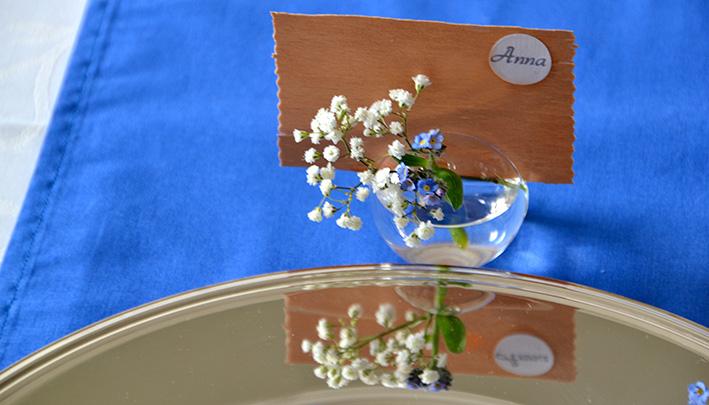 einhochzeitsblog DIY Tischkarten Namenskarten Blumen 4
