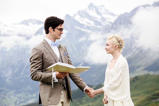 Hochzeitsreportage_Broadway_auf_der_Alm053