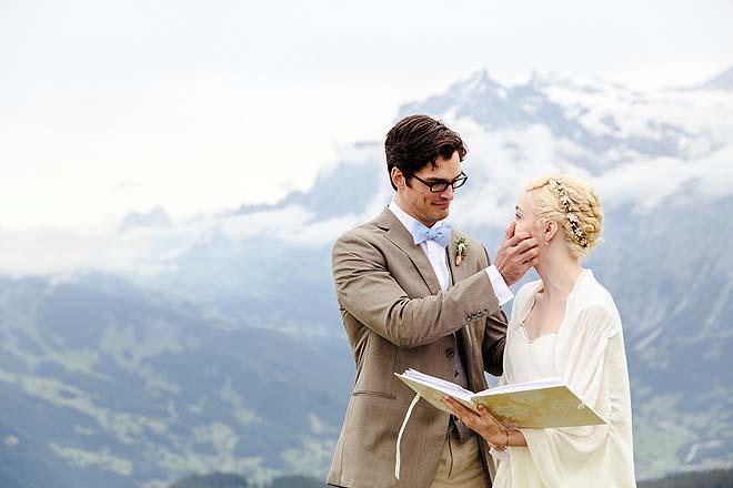 Hochzeitsreportage_Broadway_auf_der_Alm059