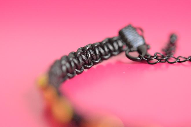 DIY Makramee Armband 12