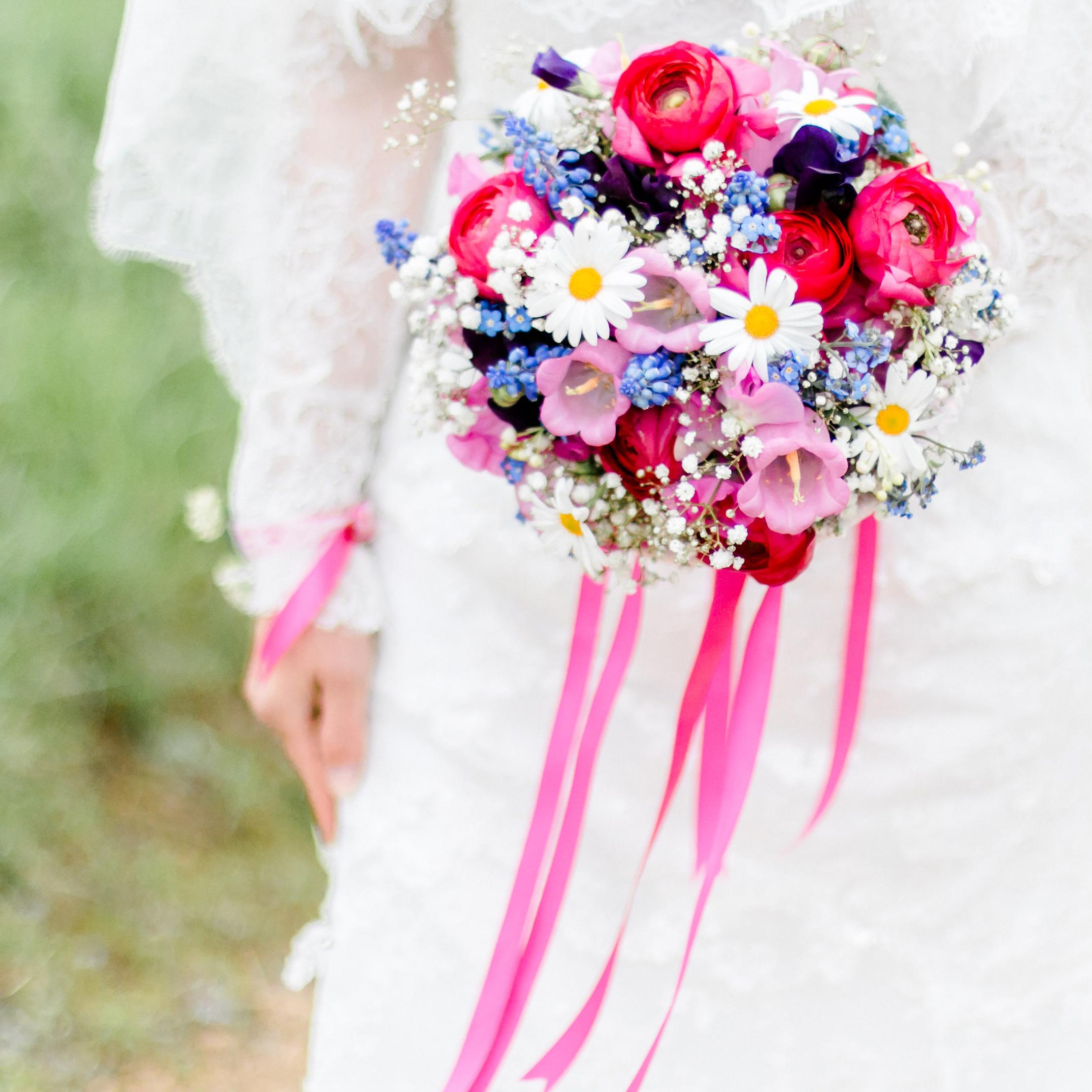 Hochzeitsfloristen und Blumenkünstler gesucht!