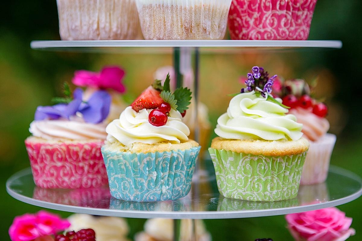 Hochzeitstorte_Cupcakes_Blumen_0008