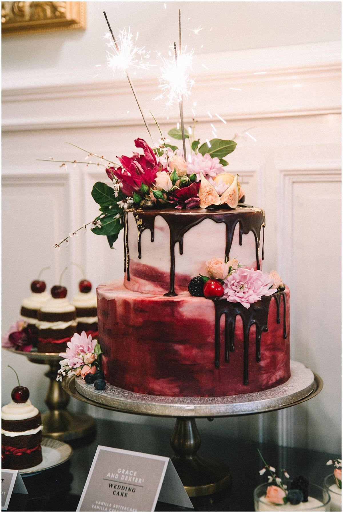 Vintage Drip Cake Hochzeitstorte