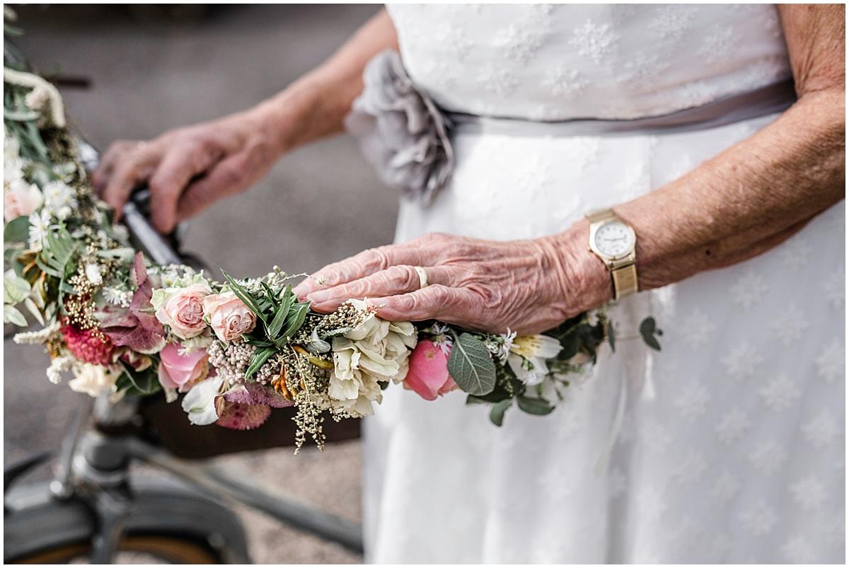 100 Jahre Liebe Vintage Hochzeit Im Gewachshaus Goldies